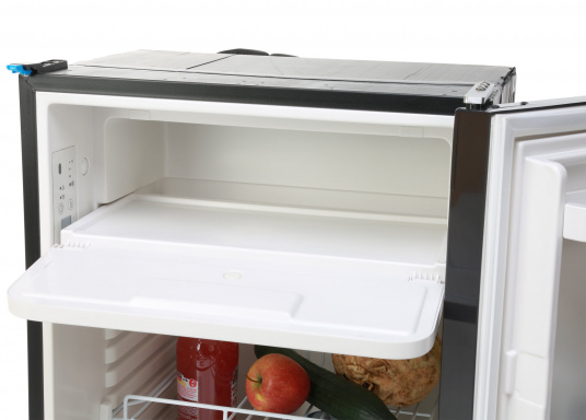 Innovative CRE-50 compressor refrigerator from DOMETIC. 2-in-1 solution with removable freezing compartment, which gives you more space to cool additional foodstuffs. Smart electronics control the speed of the compressor; as a result, energy consumption can be reduced by 25%.   (Image 10 of 10)