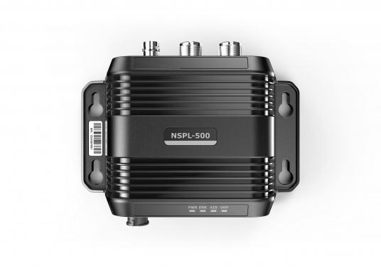 Mit dem Navico Antennensplitter können Sie eine UKW Antenne für Ihren AIS Sender/Empfänger und Ihr Funkgerät gleichzeitig verwenden. (Bild 5 von 6)
