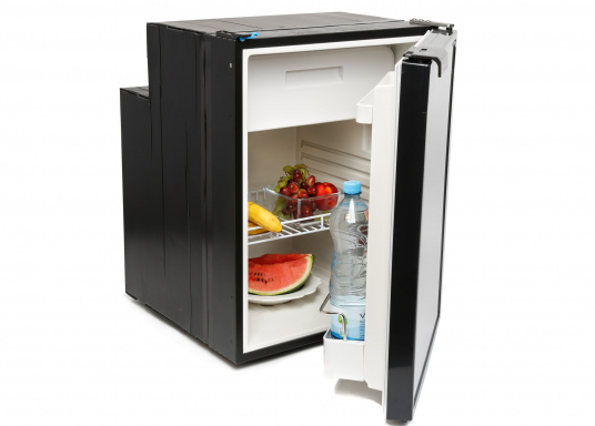Innovative Compressor Refrigerator CRE-80 from DOMETIC. 2-in-1 solution with removable freezing compartment, which allows for more space if needed. Smart electronics control the speed of the compressor&#x3B; as a result, energy consumption can be reduced by 25%.