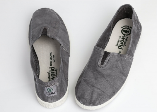 The light Camping Enzimatico is the perfect leisure shoe! Lace-free, making the summer shoe easy to slip on. Colour: grey. (Afbeelding 8 of 10)