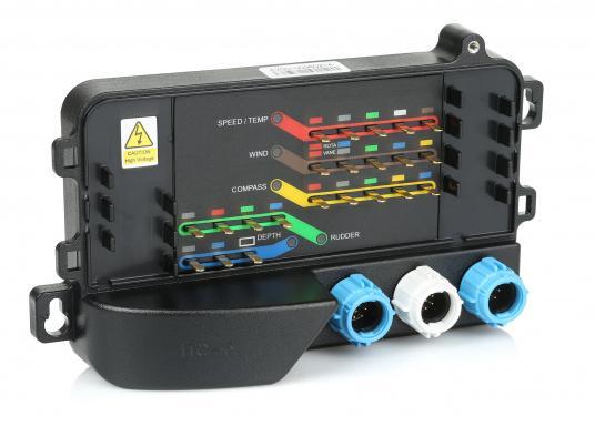 Der Raymarine iTC-5 konvertiert die Signale analoger Gebervon ST60+, i70, ST70+ und ST70 Instrumenten-Systemen auf SeaTalkng. (Bild 2 von 7)
