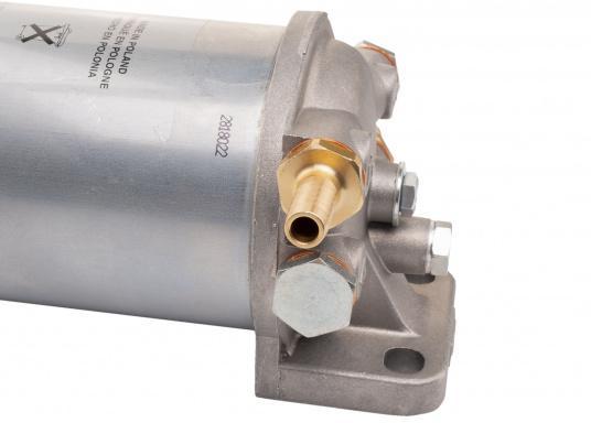 Diesel Kombi–Filter und Wasserabscheider in einem! Durch den Sichteinsatz kann jederzeit kontrolliert werden, ob sich Wasser angesammelt hat und über ein Ventil wird das angesammelte Wasser abgelassen. (Bild 5 von 7)