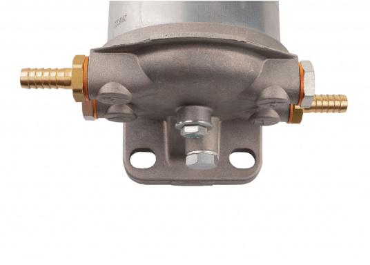 Diesel Kombi–Filter und Wasserabscheider in einem! Durch den Sichteinsatz kann jederzeit kontrolliert werden, ob sich Wasser angesammelt hat und über ein Ventil wird das angesammelte Wasser abgelassen. (Bild 7 von 7)