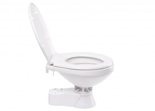 Die QUIET FLUSH Jabsco Toilette zeichnet sich durch ihren geräuscharmen Betrieb aus und bietet die Möglichkeit, den Spülwasserstand im Toilettenbecken zu regulieren.Neben dem großen Komfortbecken verfügt die Toilette über einen Soft Close-Deckel. Erhältlich in unterschiedlichen Ausführungen.