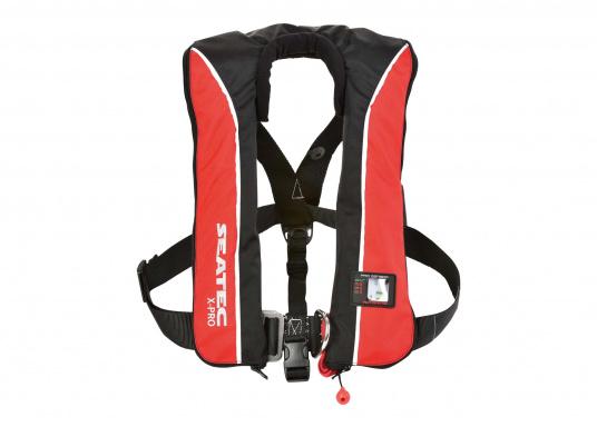 Un pack qui prend soin de votre budget ! Il consiste en trois gilets de sauvetage X-PRO 180 et est disponible à un prix imbattable !   (Image 2 de 9)