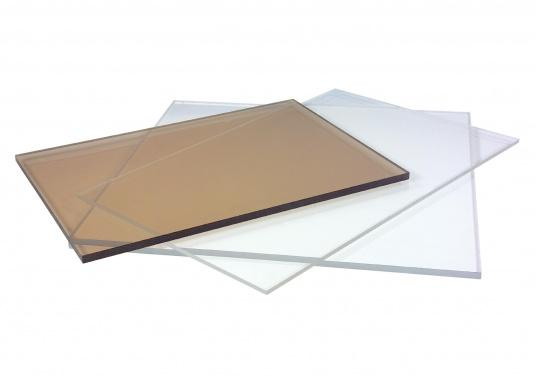 Plexiglas GS is a cast Plexiglas in which the basic materials for production are cast between two mirror plates and then shaped. Plexiglas GS has excellent surface qualities with a light transmission of 92%.