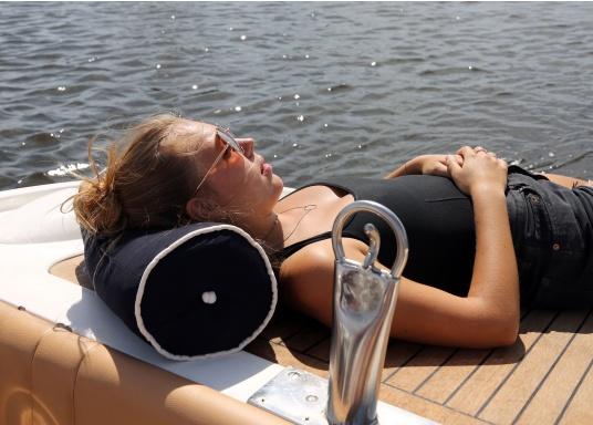 Kapok Nackenrollen, ideal für den Einsatz an Bord. Das Material istschwimmfähig, schnell trocknend und langlebig.  (Bild 4 von 6)
