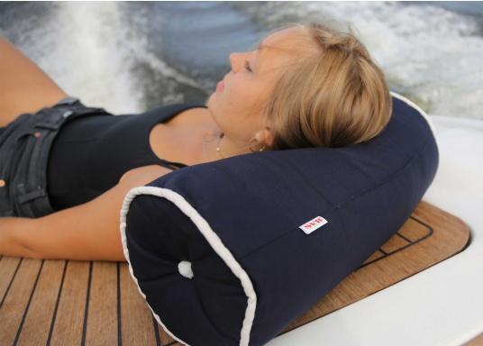 Kapok Nackenrollen, ideal für den Einsatz an Bord. Das Material istschwimmfähig, schnell trocknend und langlebig.  (Bild 5 von 6)