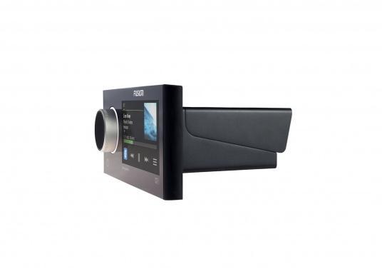 Das neue Marine Entertainment Radio MS-RA770 der Apollo Serie von FUSION bietet ein optimal abgestimmtes Soundprofil, Vielseitigkeit und Komfort. Das funktionelle Upgrade erlaubt Ihnen bis zu 12 seperat angesteuerte Lautsprecherpaare anzuschließen. Schnittstellen:Bluetooth, WiFi, NMEA2000, Ethernet RJ45 und USB. (Bild 8 von 8)