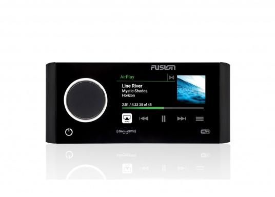 Das neue Marine Entertainment Radio MS-RA770 der Apollo Serie von FUSION bietet ein optimal abgestimmtes Soundprofil, Vielseitigkeit und Komfort. Das funktionelle Upgrade erlaubt Ihnen bis zu 12 seperat angesteuerte Lautsprecherpaare anzuschließen. Schnittstellen:Bluetooth, WiFi, NMEA2000, Ethernet RJ45 und USB.