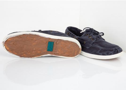 Der leichte Damenschuh Nautigo Einzimatico ist perfekt für die Freizeit geeignet! Durch die 3-Loch Schnürung, lässt sich der Schuh komfortabel an- und ausziehen und bietet gleichzeitig einen festen Sitz. Farbe: marine blau (Bild 2 von 6)