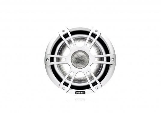 """FUSION's SG-CL77SPW 7.7"""" loudspeakers, specially designed and developed for use on board the ship, deliver functional acoustic elegance and an unparalleled listening experience on the water. With two-colour LED backlight. Supplied in pairs. Peak power: 280 watts. Colour: white. (Image 3 of 9)"""