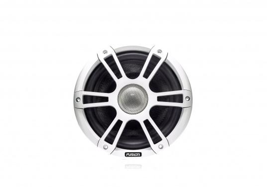 """FUSION's SG-CL77SPW 7.7"""" loudspeakers, specially designed and developed for use on board the ship, deliver functional acoustic elegance and an unparalleled listening experience on the water. With two-colour LED backlight. Supplied in pairs. Peak power: 280 watts. Colour: white. (Image 2 of 9)"""