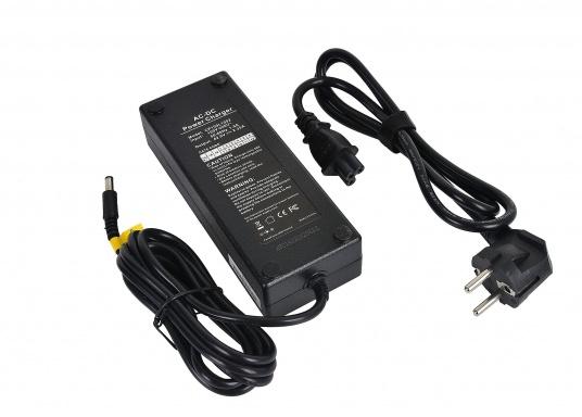 Ladegerät für Elektro Bordfahrrad BLIZZARD. Geeignet für 36 Volt Li-ion Akku. Ausgangsspannung: 42 Volt. Ausgangsstrom: 2,35 Ampere.