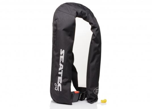 Die neue Rettungsweste GO von Seatec ist mit einem manuellen Auslöser ausgestattet und somit optimal für Wassersportarten, wie z.B. Kanu- oder Kajakfahren geeignet. Farbe: schwarz. (Bild 8 von 11)