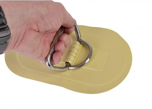 D-Ringe mit Handgriff für Ihr SEATEC Schlauchboot. Farbe: sand. Abmessungen: 25 x 13,5 cm. (Bild 2 von 3)