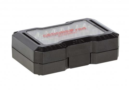 Die 32-teilige Bit-Box verfügt über alle gängigen Bitgrößen, sowie einen Antriebsadapter mit magnetischer Bit-Arretierung. Gewicht: 0,25 kg. (Bild 4 von 4)
