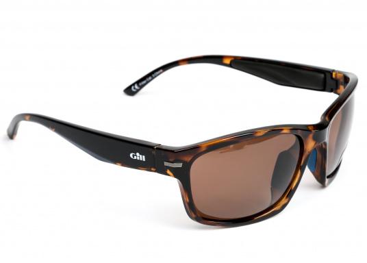 Die Sonnenbrille REFLEX II von Gill vereint Komfort und Stil!Helles Licht wird von den hochwertigen Gläsern blockiert, ohne dabei die Farben zu verfälschen und der Blendeffekt sowie die Spiegelungen werden als nicht mehr störend empfunden.Zusätzlich bietet die Sonnnebrille einen UV-Schutz von 400+.Farbe: matt-tortise. (Bild 3 von 5)