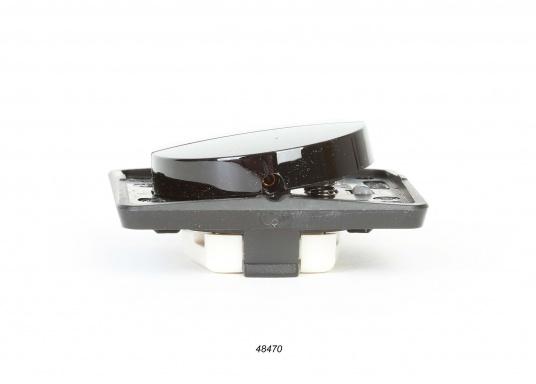 Berker Integro Doppel-Wipptaster mit Schraubklemmen. Geringe Abmessungen für Flexibilität an Bord. Abmessungen: 55,5 x 55,5 mm. Einbautiefe: 10 mm. Aufbau: 14,5 mm.  (Bild 3 von 4)