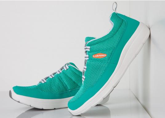 Ein superleichter Boots-Sneaker mit der Gummi Grip Sohlen Technologie von LIZARD bietet hervorragenden Halt auf jeder Oberfläche. Material: Mesh, Mikrofaser. Farbe: pool blau (Bild 2 von 6)