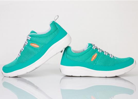 Ein superleichter Boots-Sneaker mit der Gummi Grip Sohlen Technologie von LIZARD bietet hervorragenden Halt auf jeder Oberfläche. Material: Mesh, Mikrofaser. Farbe: pool blau (Bild 3 von 6)
