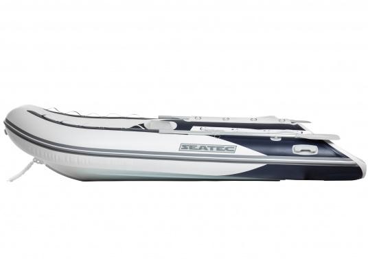 Das Abenteuer kann beginnen! Die stabilen Schlauchboote der SEATEC PRO ADVENTURE-Serie überzeugen durch ihren Aluminiumboden mit hochwertiger, witterungsbeständiger Polyurethan-Pulverbeschichtung und machen Sie daher bereit für den professionellen und anspruchsvollen Einsatz. (Bild 3 von 10)
