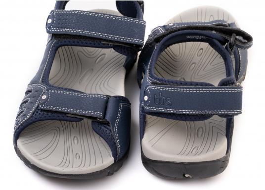 Bequeme Sandale für den vielseitigen Einsatz an Bord oder für den Landgang. Gefertigt aus salzwasserbeständigem und schnelltrocknendem Obermaterial. (Bild 4 von 6)