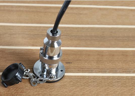 Diese Steckverbindungen aus Messing, verchromt sind gut geeignet für den Anschluss von Positionslaternen, Scheinwerfern etc. Sie sind wasserdicht und seewasserfest. Erhältlich in verschiedenen Ausführungen.  (Bild 4 von 7)