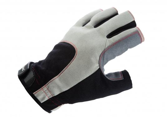 Der Handschuh DECKHAND wurde aus hochwertigem Ziegenleder hergestellt und ist mit Stretch-Einsatz am Handrücken, verstellbarem Klettverschluss am Handgelenk und verstärkten Handflächen ausgestattet. Version: ohne Finger. (Bild 4 von 5)