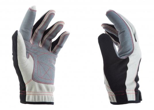 Der Handschuh DECKHAND wurde aus hochwertigem Ziegenleder hergestellt und ist mit Stretch-Einsatz am Handrücken, verstellbarem Klettverschluss am Handgelenk und verstärkten Handflächen ausgestattet. Version: mit Finger. (Bild 2 von 4)