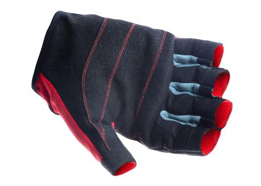 Der Handschuh TEAM sorgt dank der Amara®Handflächen jederzeit für einen sicheren Griff. Durch das flexible Mesh am Handrücken bietet der Handschuh eine exzellente Passform und ist zudem besonders atmungsaktiv. Version: ohne Finger. (Bild 2 von 5)