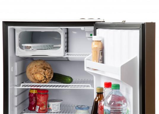 Die Kühlgeräte der Serie CRUISE ELEGANCE von isotherm sind das Ergebnis sorgfältiger Forschung. Sie verbinden technische Innovationen mit ausgeklügeltem und äußerst praktischem Design.  (Bild 6 von 6)