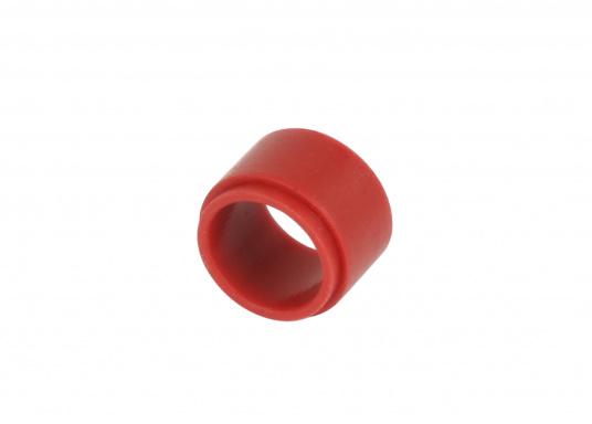 Die wasserdichte 2-polige Kabelverbindung sorgt speziell unter rauen maritimen Umgebungsbedingungen für eine sichere Leitungsverbindung. Das Gehäuse besteht aus einem hochwertigen glasfaserverstärkten Kunststoff und es ist somit optimal für den Einsatz an Bord geeignet. (Bild 11 von 12)