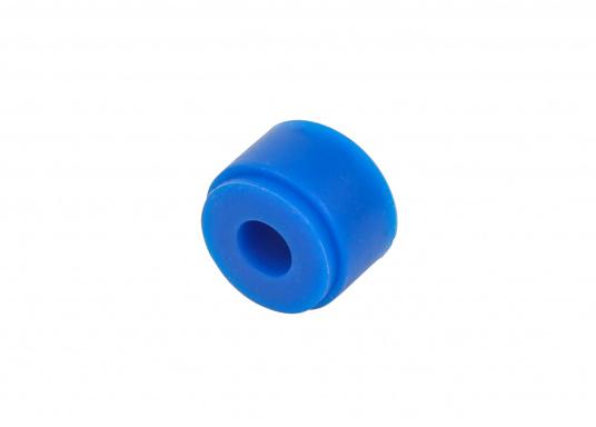Die wasserdichte 4-polige Kabelverbindung sorgt speziell unter rauen maritimen Umgebungsbedingungen für eine sichere Leitungsverbindung. Das Gehäuse besteht aus einem hochwertigen glasfaserverstärkten Kunststoff und es ist somit optimal für den Einsatz an Bord geeignet. (Bild 6 von 12)
