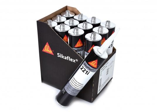 Sikaflex® 221i ist für elastische,haftstarke Abdichtungen von Borddurchbrüchen, Kabeleinführungen, Nasszellen, Fenstern, zum wasserdichten Einbetten von Klampen und Beschlägen geeignet. Das Set besteht aus 12 x 300 ml Kartuschen.