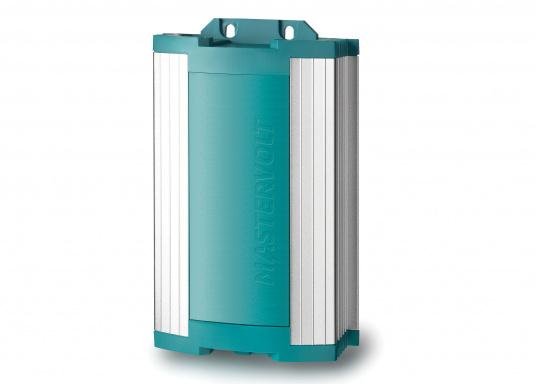 Effektivität und Langlebigkeit! Mit dem ChargeMaster 12/15-2 von Mastervolt wird Ihnen eine schnelle und vollständige Aufladung Ihrer Batterien garantiert. Der innovative 3-stufige Ladeprozess sorgt zudem für eine höhere Leistung.