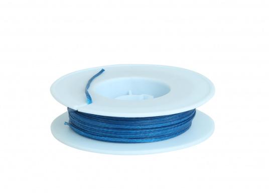 Für Ihre Takel-Ausrüstung! DiesesTakelgarn eignet sich zum Betakeln von Seilenden. Das Garn ist gewachst und wird aufeiner 30 m Spule geliefert.Erhältlich in blau mit einem Durchmesser von 1 mm.