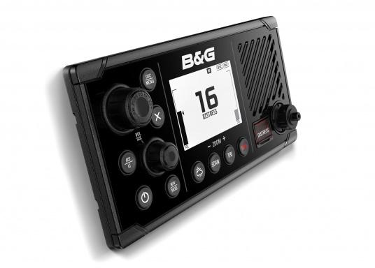 Das UKW SeefunkgerätV60 von B&G verfügt über eine integrierte GPS-Antenne, einen integrierten AIS-Empfänger und überzeugt mit vielseitiger Konnektivität. Ein großes Display mit intuitiver Benutzeroberfläche sorgt für eine übersichtliche und einfache Bedienung. (Bild 3 von 3)
