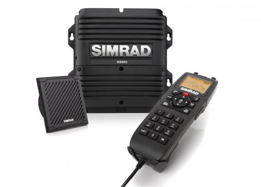 Mit dem Simrad RS90S VHF Seefunkgerät bleiben Sie in jeder Hinsicht verbunden: Mehr als nur ein Seefunkgerät – es besitzt erweiterte Funktionalitäten.