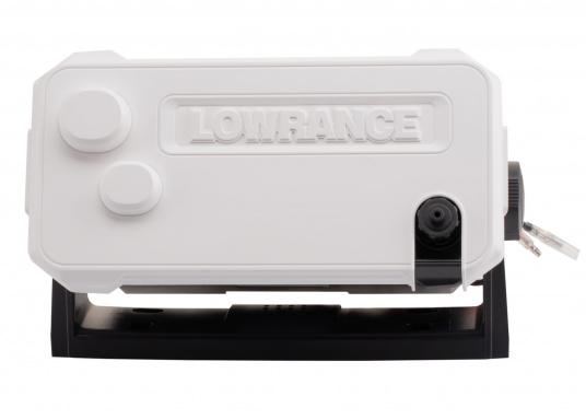 Ein echter Alleskönner! Das UKW SeefunkgerätLink-9 von Lowrance verfügt über eine integrierte GPS-Antenne, einen integrierten AIS-Empfänger und überzeugt mit vielseitiger Konnektivität. Ein großes Display mit intuitiver Benutzeroberfläche sorgt für eine übersichtliche und einfache Bedienung. (Bild 11 von 11)