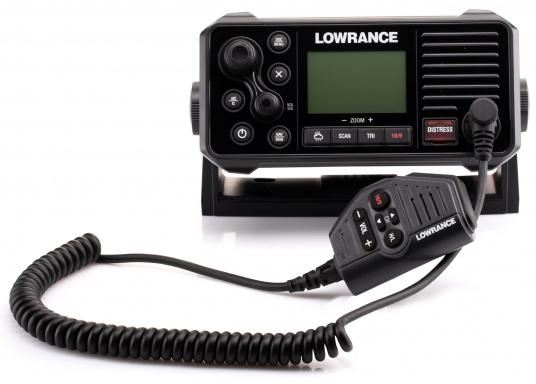 Ein echter Alleskönner! Das UKW SeefunkgerätLink-9 von Lowrance verfügt über eine integrierte GPS-Antenne, einen integrierten AIS-Empfänger und überzeugt mit vielseitiger Konnektivität. Ein großes Display mit intuitiver Benutzeroberfläche sorgt für eine übersichtliche und einfache Bedienung. (Bild 5 von 11)