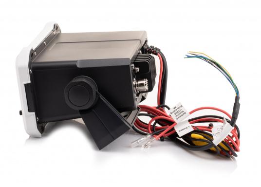 Ein echter Alleskönner! Das UKW SeefunkgerätLink-9 von Lowrance verfügt über eine integrierte GPS-Antenne, einen integrierten AIS-Empfänger und überzeugt mit vielseitiger Konnektivität. Ein großes Display mit intuitiver Benutzeroberfläche sorgt für eine übersichtliche und einfache Bedienung. (Bild 4 von 11)