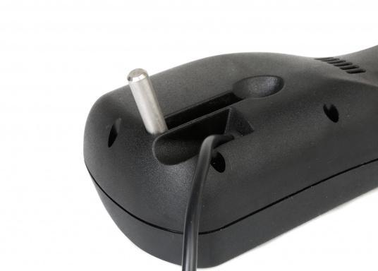Massime prestazioni con il minimo consumo energetico. Il Pinnepilot TP 32 eccezionalmente potente ed estremamente affidabile rende la navigazione semovente più facile con un comfort inimmaginabile.  (Immagine 4 di 7)