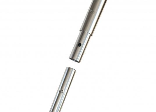 Die Decksbürste ist 23 cm breit und mit dem Standard-Schnellverschluss-System ausgestattet. Die Borstenlänge beträgt 5,5 cm. Borstenfarbe: weiß. (Bild 2 von 2)