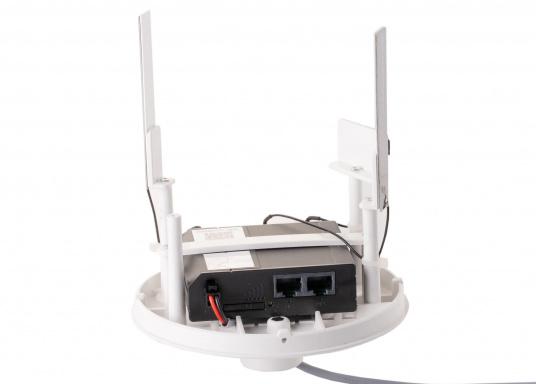 Mit der WiFi-Antenne weBBoat® 4G Lite von Glomex surfen Sie jetzt noch preiswerter im Internet. Die weBBoat 4G Lite vereint 4G, 3G und WiFi in einem System. Profitieren Sie von einer leichten Installation und Einrichtung sowie die automatische Umschaltung zwischen der Nutzung von WLAN und Mobilfunkdaten. (Bild 5 von 11)