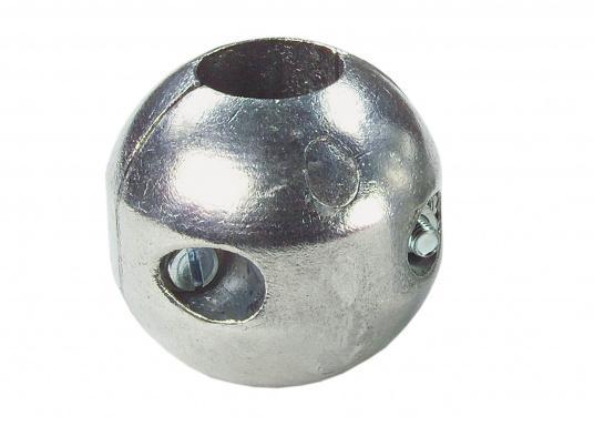 Magnesiumanoden schützen alle unter der Wasserlinie (Bootsrumpf) befindlichen Metallteile vor Korrosion.Für gewöhnlich müssen die Anoden einmal pro Saison gewechselt werden.Diese Wellenanoden sind in verschiedenen Größen erhältlich.  (Bild 2 von 3)
