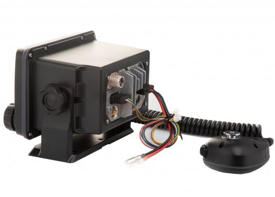 Das hochwertige UKW-Marinefunkgerät IC-M506GE von ICOM verfügt über einen integrierten GPS- und AIS-Empfänger und überzeugt mit hervorragenden Funktionen, die Ihnen die Kommunikation auf dem Wasser vereinfachen.NMEA2000-Konnektivität. (Bild 4 von 5)