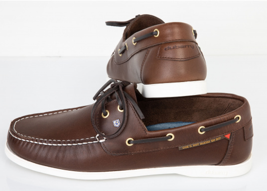 An all-round classic among boat shoes. The Windward Bourbon men's shoe is made of the tried and tested DryFast-DrySoft™ leather. The NonSlip-NonMarking™ sole provides grip in wet conditions, either onboard or when ashore.