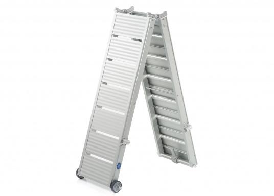 Diese Alu-Gangway ist nicht nur schön, sondern auch außerordentlich innovativ und praktisch.