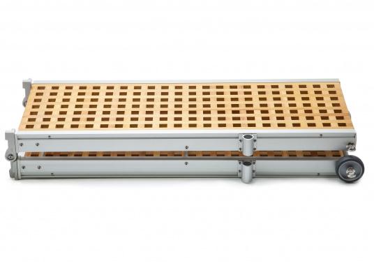 Diese Holz-Gangway ist nicht nur schön, sondern auch außerordentlich innovativ und praktisch. (Bild 3 von 4)